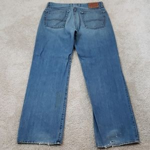 Lucky Brand~Mens Size 32~Blue Distressed Jeans